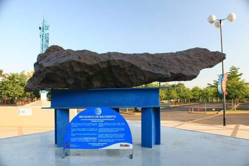 Meteoritul Bacubirito