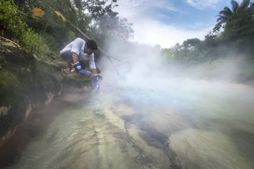 Râul care fierbe