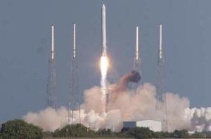 Lansare Falcon 9