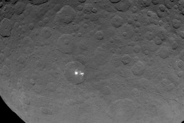 Petele luminoase de pe Ceres