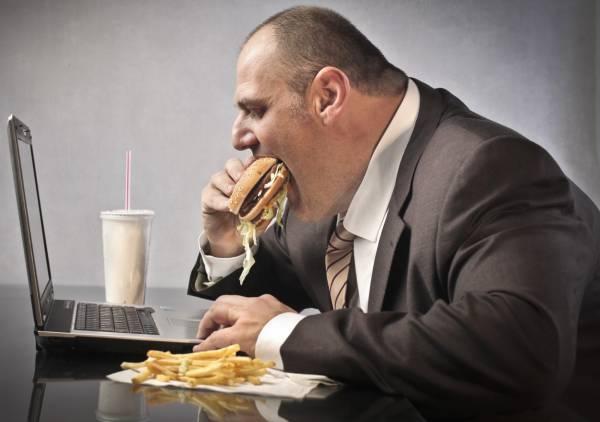 Tot mai multe persoane suferă de obezitate