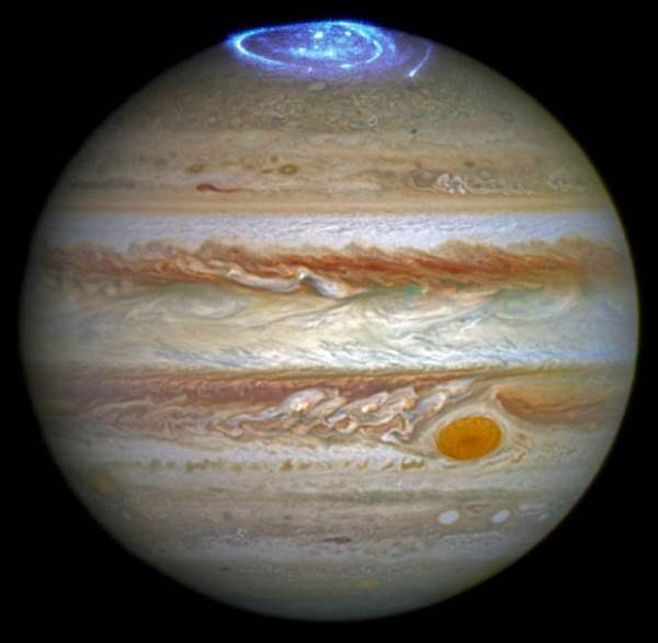 Aurore pe planeta Jupiter