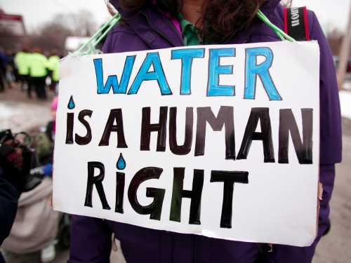 Deficitul de apă potabilă