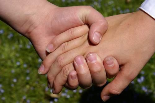 O strângere de mână