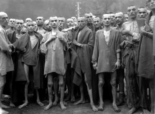 Supraviețuitori ai lagărului de concentrare de la Ebensee