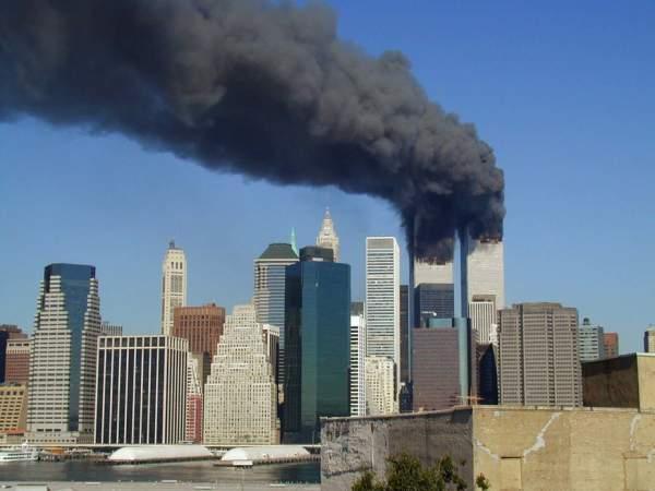 Atentatele din 11 septembrie 2001 în memoria colectivă