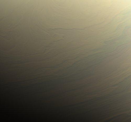 Benzi noroase din emisfera nordică a lui Saturn