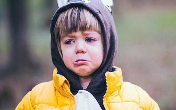 Dezamăgirea unui copil în fața eșecului