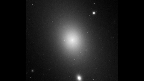 Cea mai mare galaxie IC 1101
