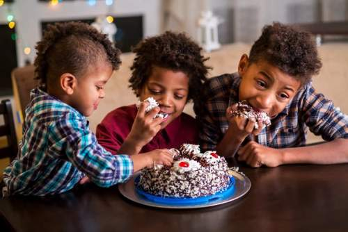 Consumul regulat de prăjituri poate provoca dependență
