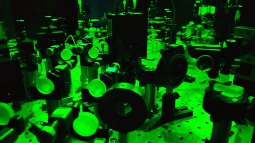 Testarea paradoxului cuantic