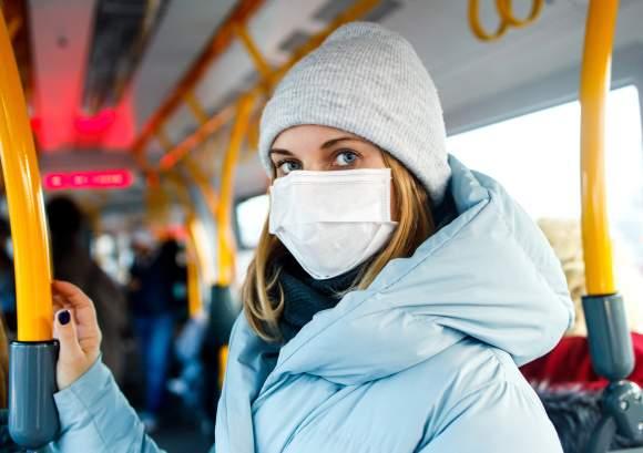 Noul coronavirus se răspândește mai ușor la temperaturi scăzute