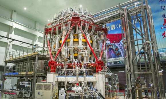 Reactorul de fuziune nucleară al Chinei
